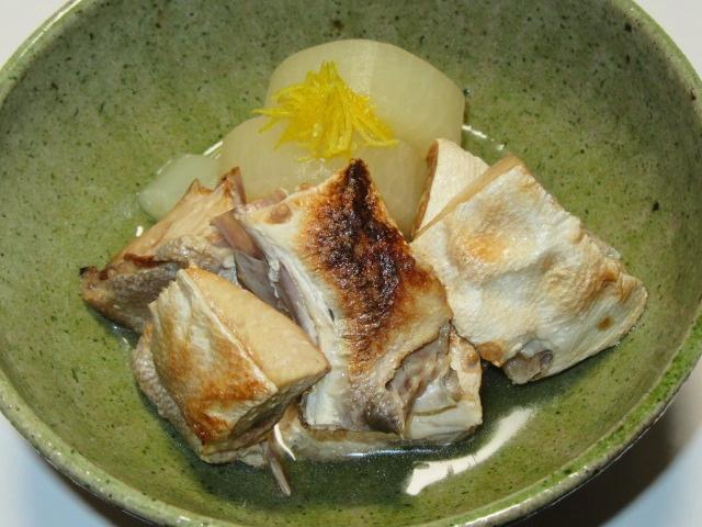 ぶり大根の吸い地煮の盛り付け例,強肴,進肴