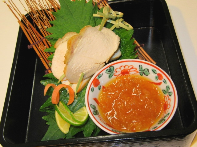 鶏むね肉の蒸し焼きおろしポン酢,酢の物の献立