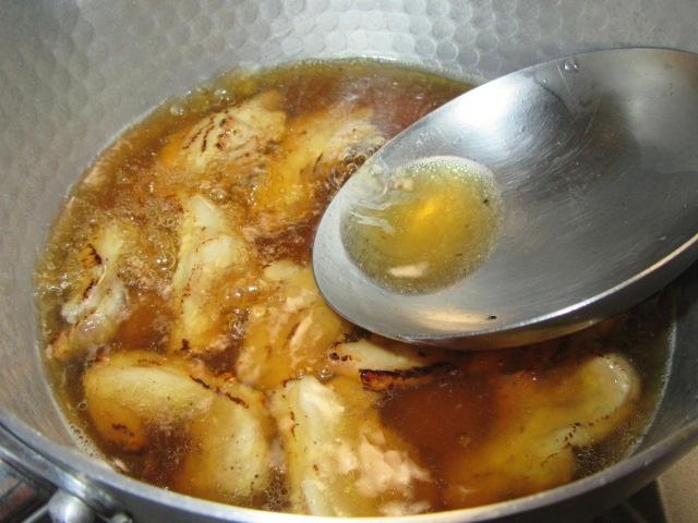 焼き色を付けた鶏肉の煮物の作り方