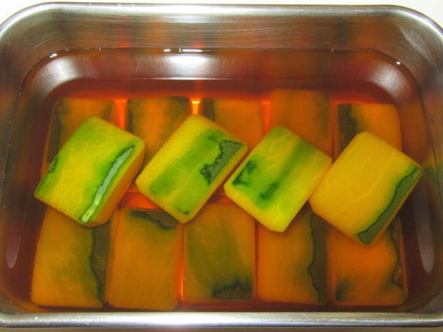 かぼちゃの煮物の作り方と下処理方法,色紙南瓜の地漬け工程