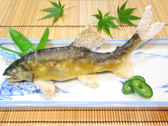 鮎の塩焼きと胡瓜の昆布じめ,夏の焼き物の献立