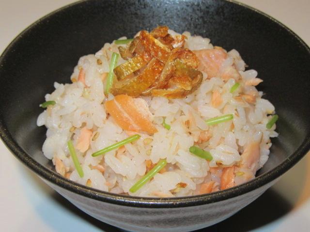 焼き鮭の混ぜご飯,秋のご飯物の献立