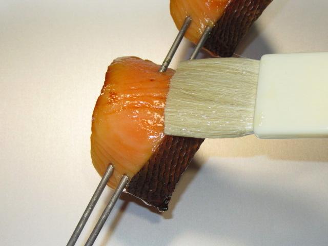 鮭の味噌漬けの作り方と焼き方,照りを出す仕上げの工程